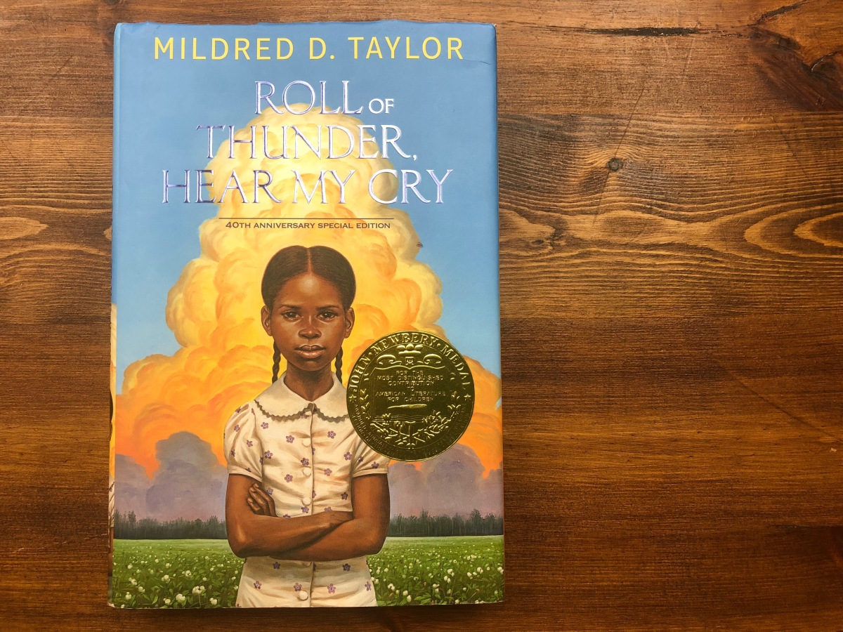 the obstacles faced by the logan family in roll of thunder hear my cry by mildred taylor The paperback of the roll of thunder, hear my cry  the logan family,  mildred d taylor wrote a story of family that the logans hold.